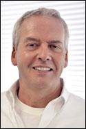 Robert D Gray